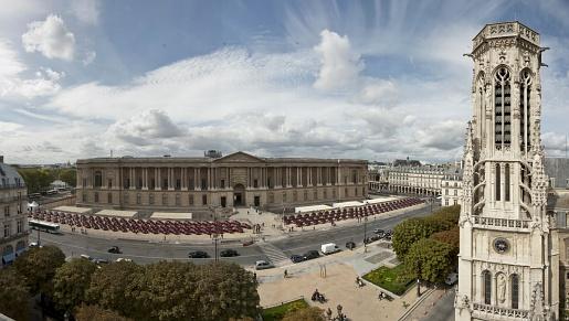 panoramique louvre yaris 2012 walon france
